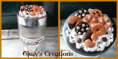Biscottiera con tappo decorato con panna e biscotti
