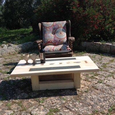 Tavolo in legno con inserti in pietra, coffee table in legno, tavolo da salotto con insertiì