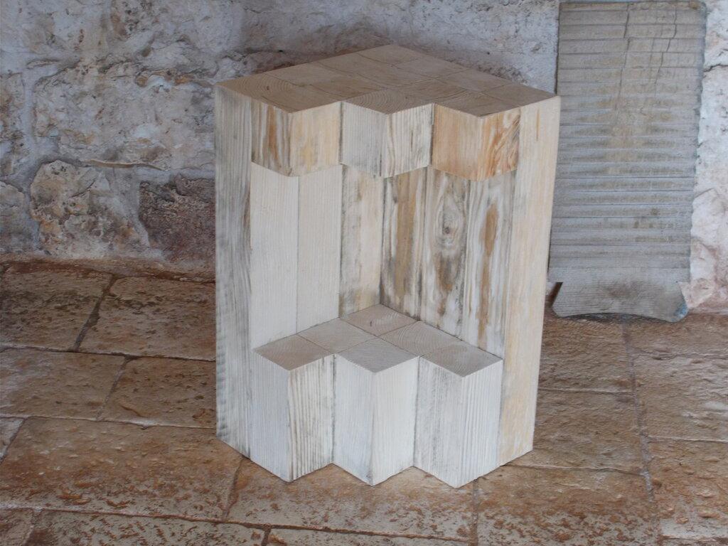 Angoliera in legno di abete riciclato, mobile ad angolo doppio ripiano,
