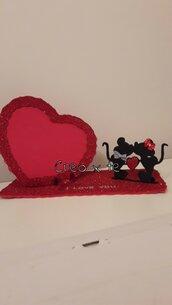 Cornice di San Valentino a forma di cuore