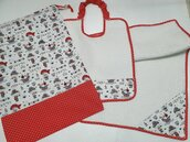 Set asilo 3 pezzi personalizzabile con nome, sacca, bavaglino con elastico e asciugamano