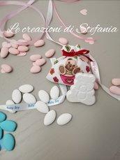 12 sacchettini porta confetti con stampa di orsetto e calamita a forma di orsetto
