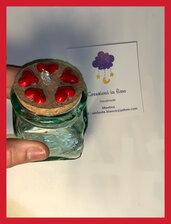 Vasetto  in vetro con decorazioni cuore