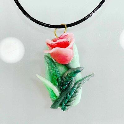 Ciondolo Rosa Singola