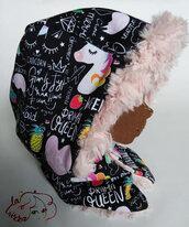 cappuccio caldo, in pelliccia sintetica rosa e tessuto felpato fantasia,double face