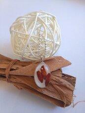 Collana con ciondolo in resina peperoncini secchi peperoncini rossi piccanti ciondolo fatto a mano.