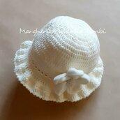 Cappello/cappellino bambina in lana merino - fiore in velluto - bianco panna - uncinetto