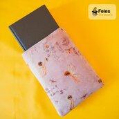 "Booksleeve per proteggere libri e tablet a tema ""Fatina rosa nel bosco"""