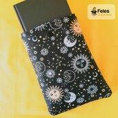 "Booksleeve per proteggere libri, agende e tablet a tema ""Sole e luna"""