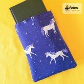 """Booksleeve per proteggere libri, agende e tablet a tema """"Unicorni nel cielo"""""""