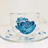 Tazza con piattino in vetro decorata totalmente a mano