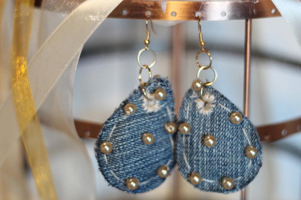 orecchini di jeans