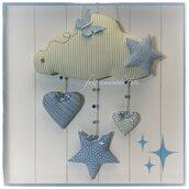 Fiocco nascita nuvola in cotone a righe bianche e verdi decorato con stelle,cuori e farfalla sui toni azzurri