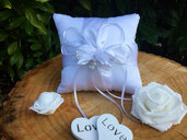 Handmade cushion for wedding rings for a special wedding souvenir