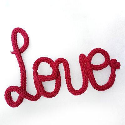 Scritta Love color rosso ciliegia