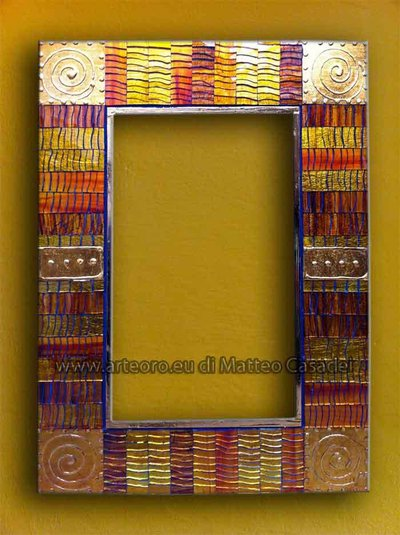 specchio mosaico oro
