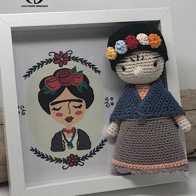 Quadro amigurumi Frida