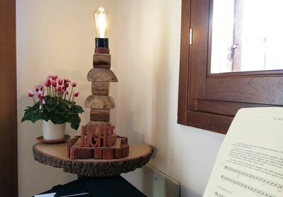 Light - lampada in legno