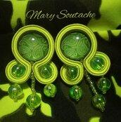 Orecchini Soutache in verde Cachemire