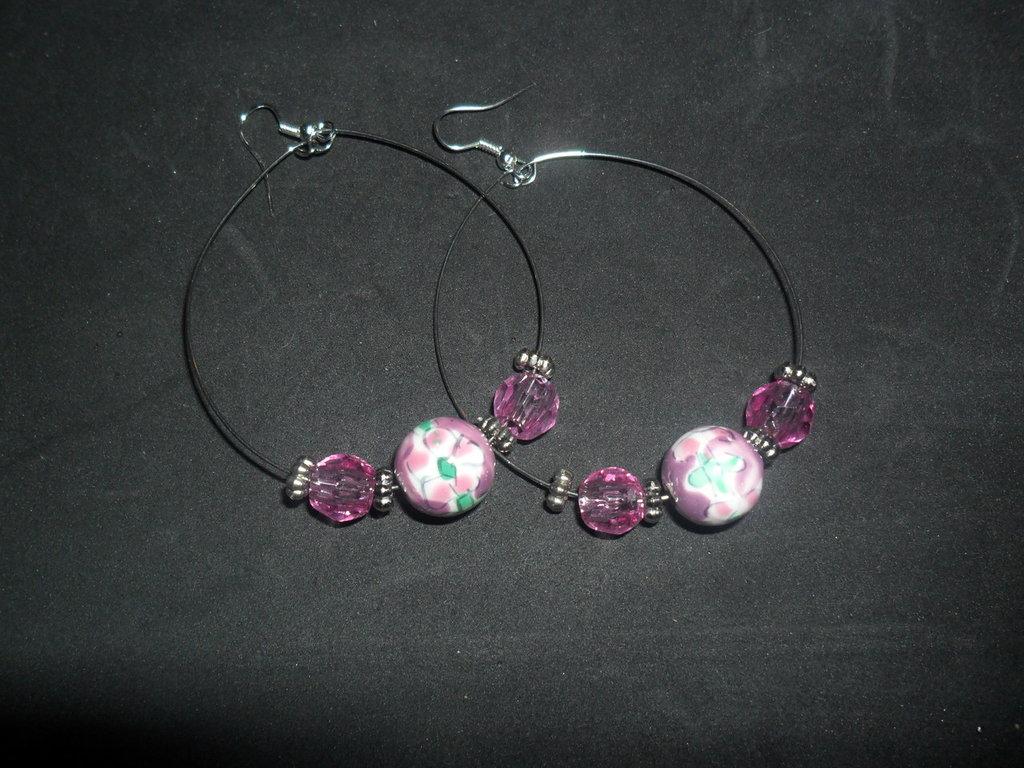 orecchini a cerchio rosa