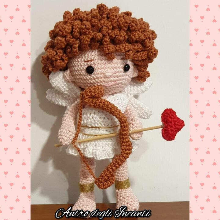 Bambola amigurumi Cupido