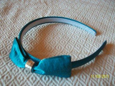 cerchietto fatto a mano turchese con fiocco e strass
