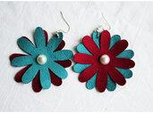 orecchini pendenti in ecopelle  fiori i fatti a mano