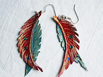 orecchini pendenti in ecopelle piume