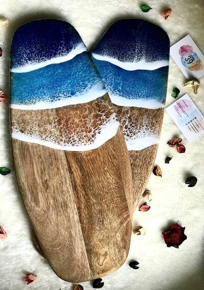 Tagliere decorato con resina a tema oceano - 52 cm