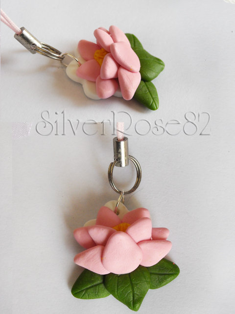 Ren Flower phonestrap