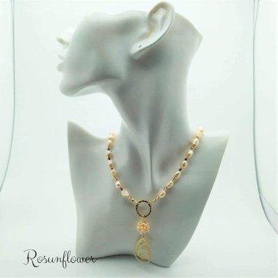 Collana di perle barocche rosa con pendente, collana da sposa, gioielli donne, regalo mamma della sposa