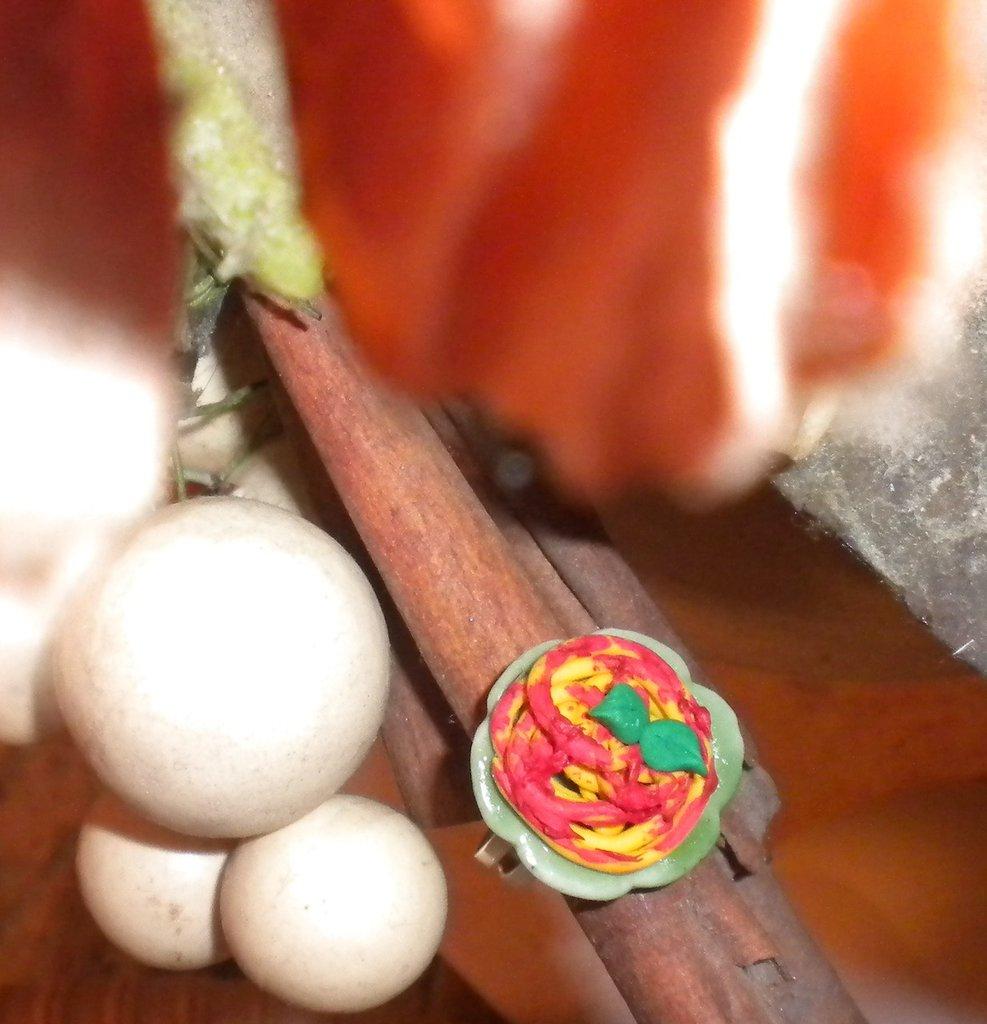 anello pizza con mozzarella e funghi