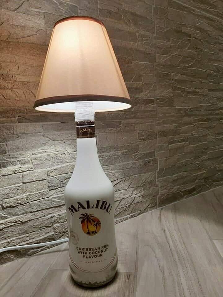 Lampada malibu con paralume