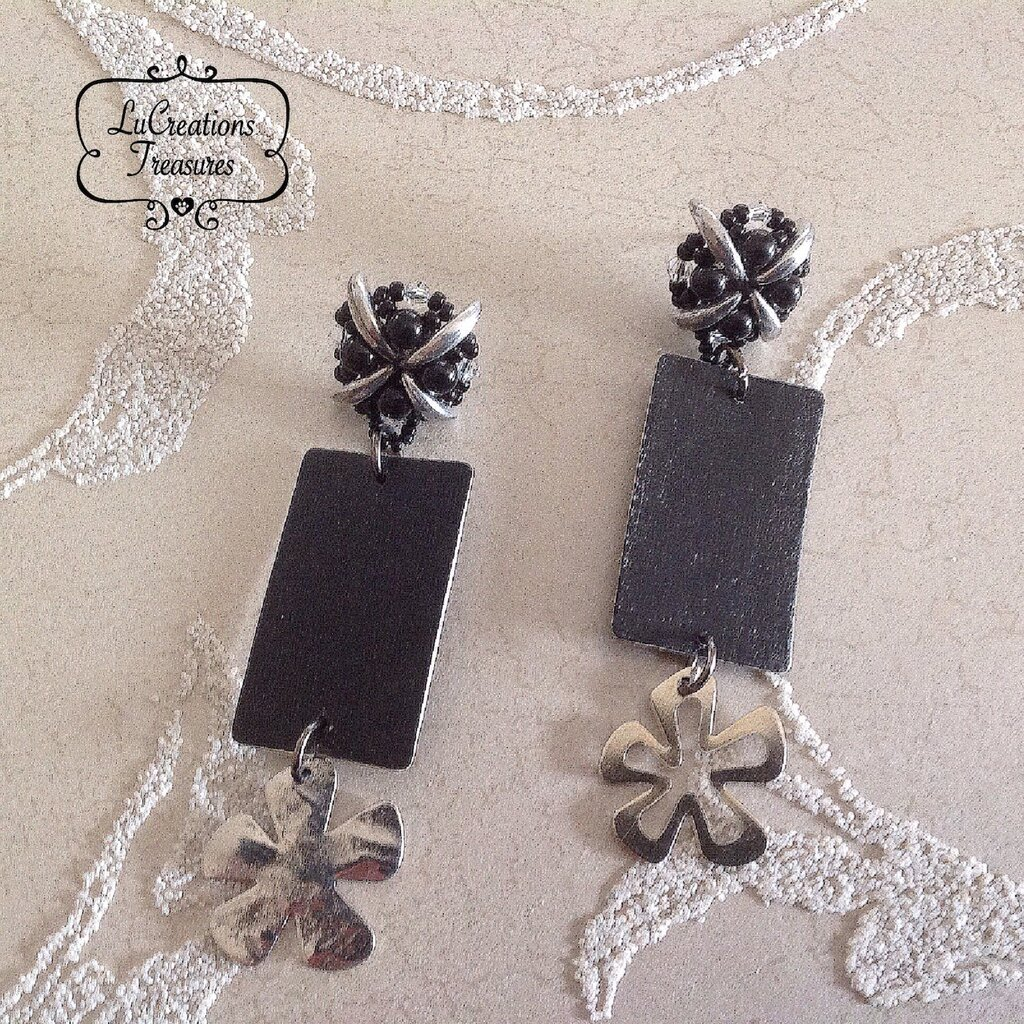 Orecchini pendenti perni in tessitura di perline di vetro, carta da parati