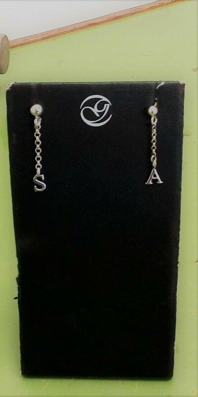 Orecchini con pendente catena rolò e ciondolo iniziale , orecchini con iniziale nome pendente in argento.