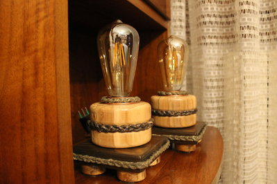 Gemelle - lampade in legno