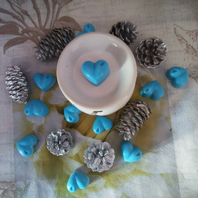 Tarte Candle Blue Heart in cera di soia