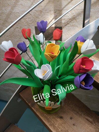 Fiore tulipano colorato