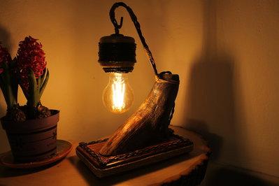 Radice - lampada in legno, lampada da tavolo, lampada fatta a mano, lampada di design
