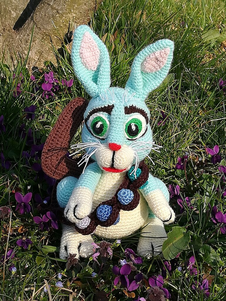 """Bunny EAster Bunnymund from""""Rise of the Guardians"""" crochet toy & Calmoniglio piccolo di Pasqua da """"5 leggende"""" giocattolo peluche & HandKnittedCrochetToys"""