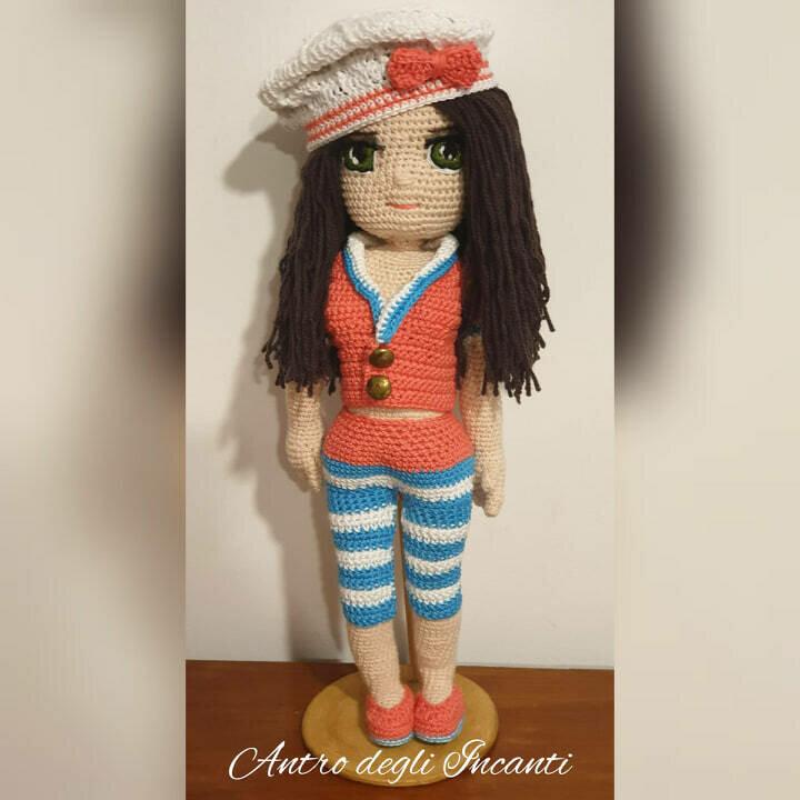 Bambola amigurumi Marynett