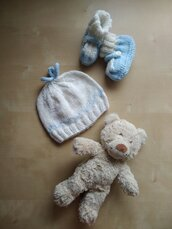 Cappellino ai ferri neonato lana merinos bianco e azzurro regalo nascita corredino bebè berrettino bimbo