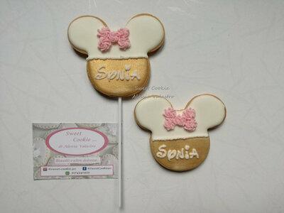 Biscotti ghiaccia reale per festa a tema minnie o topolino ideali come segnaposto o per sweet table