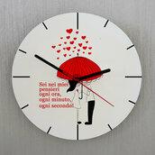 Orologio Pioggia di cuori da parete personalizzato