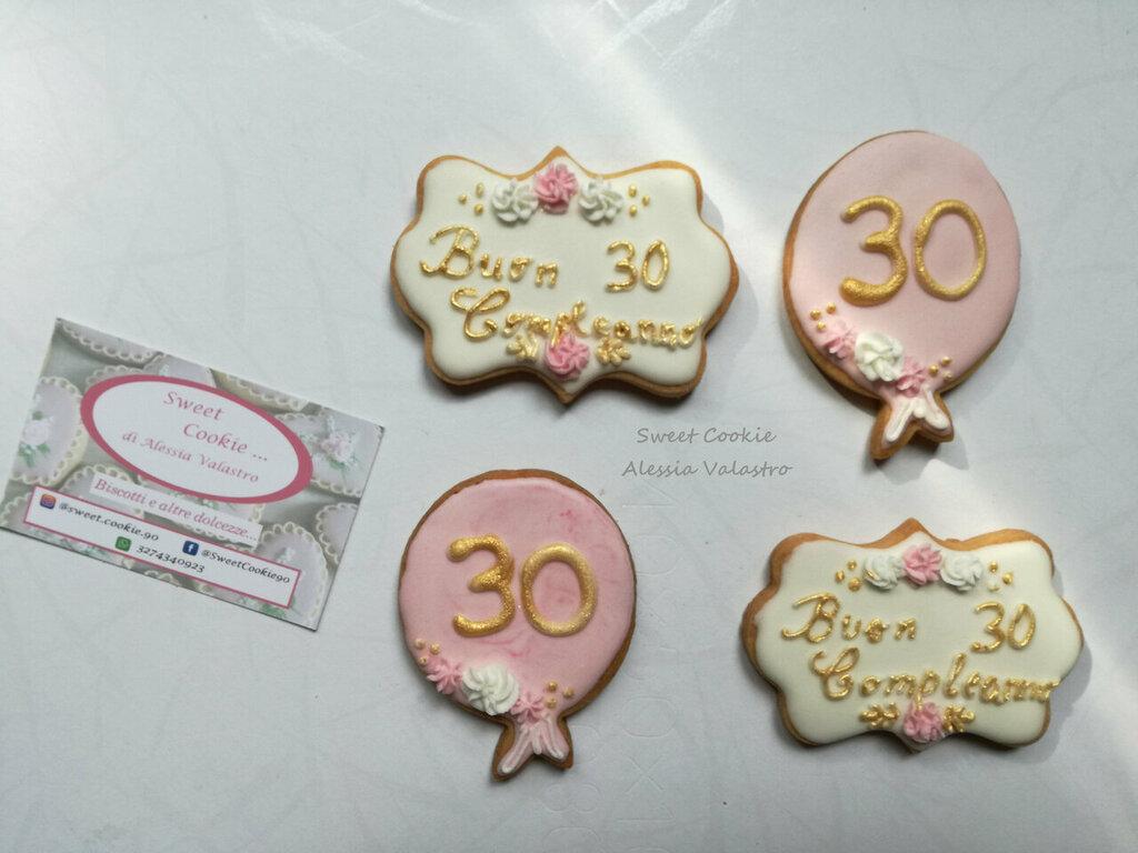 Biscotti 30 anni 18 anni buon compleanno festa a tema battesimo sweet table
