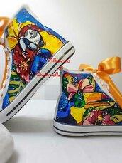 Sneakers dipinte a mano