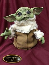 Baby Yoda ispirato a Star Wars