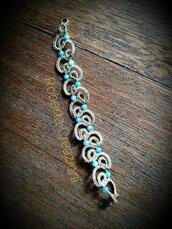 Braccialetto oro e perline azzurre amazzonite
