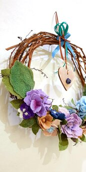 Ghirlanda fiori cuore e cristallo..colore..armonia e pace
