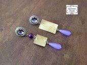 Orecchini pendenti con rivoli swaroski incastonati in microtessitura di perline, carta da parati